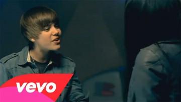"""Toma del video """"Baby"""" en el canal Vevo."""