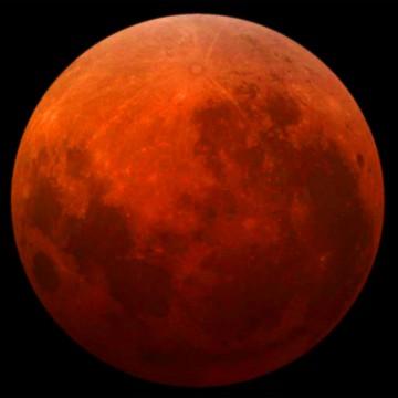 Eclipse de la súper Luna roja.