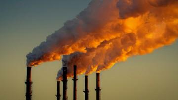 Tiempo, clima y RSE bajo la lupa: emisiones de carbono a la atmósfera.