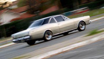 Automóviles vintage: Dodge Polara de la década de 1960.