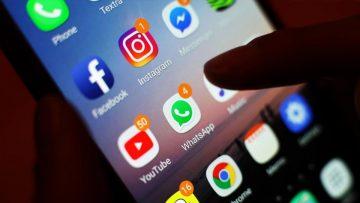 Malas noticias, periodistas: las redes sociales ganan.