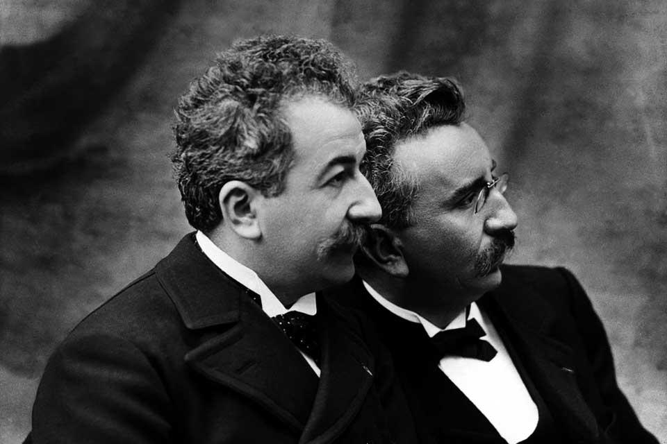 Los hermanos Lumière, artífices del cine que imortalizó a Anita Ekberg.