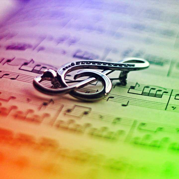 Música: Los recomendados de Veronese Producciones · Publicidad Integral