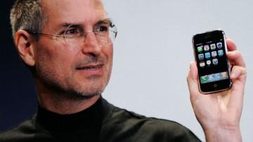 Steve Jobs presenta al iPhone el 9 de enero de 2007.