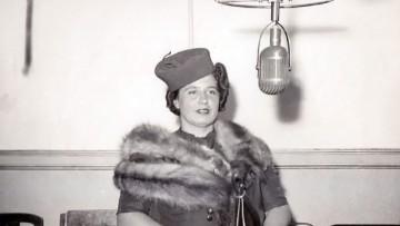 Doña Petrona C. de Gandulfo en la radio.