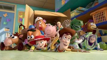 Juguetes para el Día del Niño (fragmento de Toy Story).