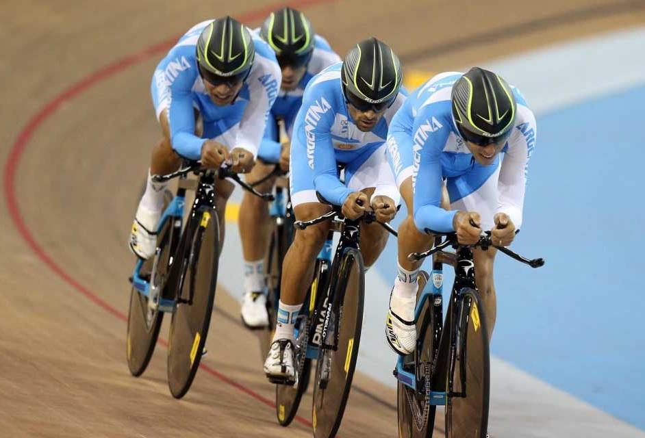 El equipo argentino de ciclismo en los Juegos Panamericanos.