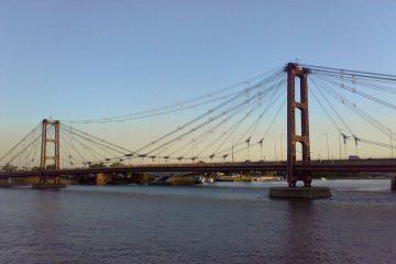 98 aniversario de El litoral: Puente Colgante sobre la laguna Setúbal.