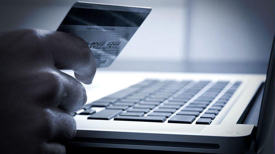 Claves seguras contra piratas en la era de Internet de las Cosas (IoT).