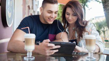 OTT, marcas, anuncios y videos: compartir en compañía.