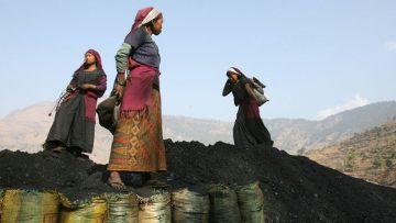 Mujeres: la otra grieta. Una deuda milenaria.