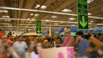 """Black Friday como """"previa"""" de Navidad: ¿fiebre de compras?"""