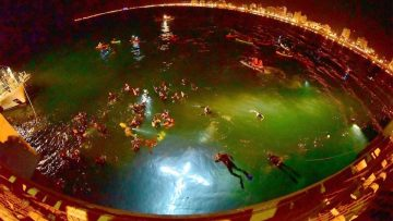 Semana Santa a la argentina 2108: Via Crucis submarino.