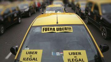Diario de la guerra del cerdo a la inversa: taxis contra Uber.