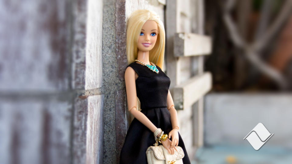Androides digitales a la cabeza: Barbie.